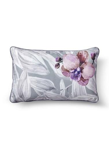 The Mia Yaprak Yastık -Gri Beyaz Çiçekli 50 x 30cm Beyaz